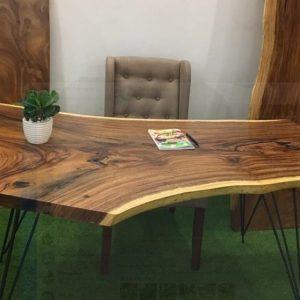 bàn làm việc gỗ nguyên tấm TS133