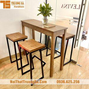 Bàn ghế quầy bar gỗ TS115