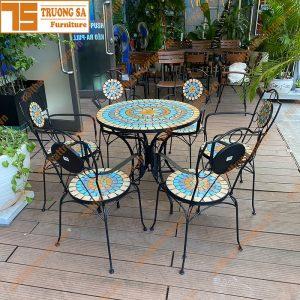bàn ghế mosaic TS112