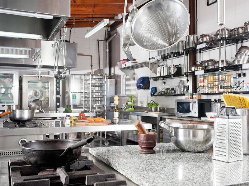 thiết kế bếp nhà hàng nhỏ
